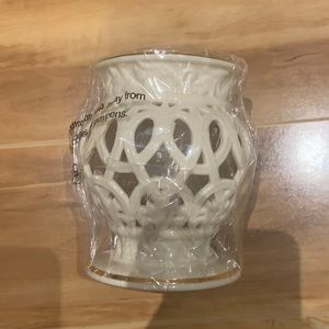 BNWT LENOX Versailles gold votive urn with candle